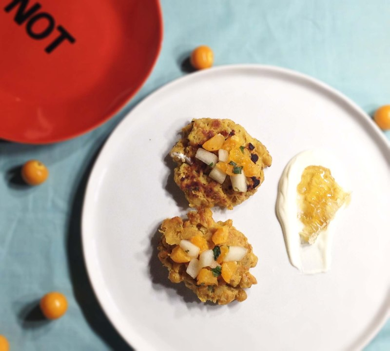 spicy-chickpea-cakes-with-honeycomb